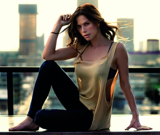 What Rhona Mitra Finds Really Attractive, Rhona Mitra, dating, women, dating tips, Rhona Mitra, Major Rachel Dalton, TV Series, Strike Back, The Last Ship