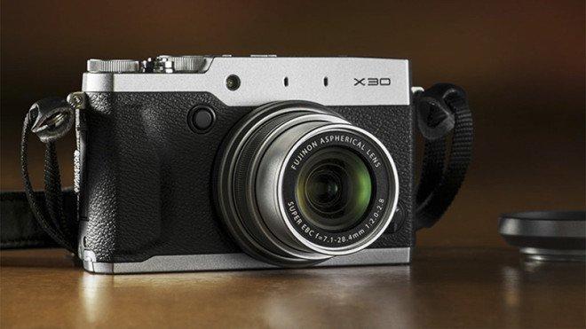 Fuji-x30-main