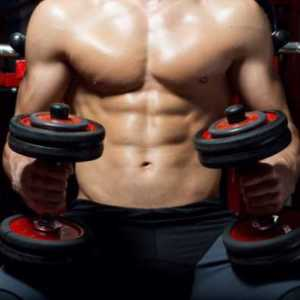 young-man-doing-heavy-weight-exercise-in-gym