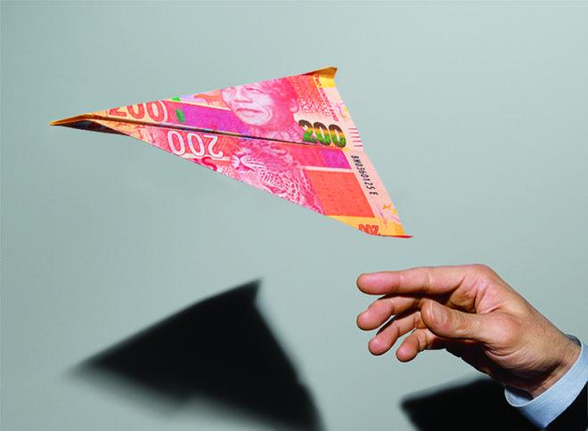 Plane-Money-660x484
