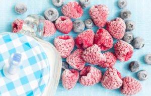 gettyimages-638869478-berries-udra