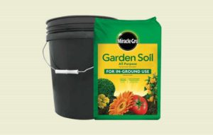 backyard-items-use-weights-bucket-of-soil