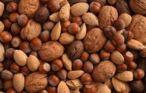 things-never-eat-drink-before-workout-nuts