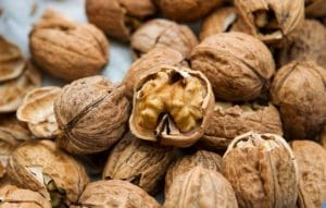 experts-reveal-top-health-tips-walnuts