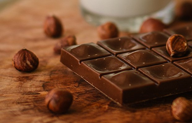 chocolate is not one of the best things to eat before bed
