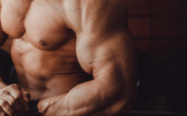 This Guys Injects His Arms To Look Like Popeye–And It's A Very Bad