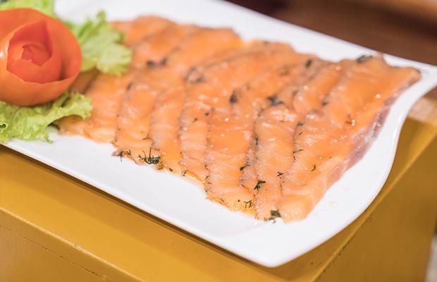 smoked salmon as post-workout food