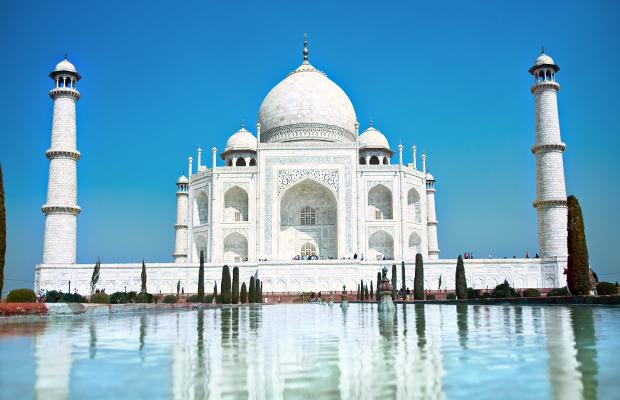 An image of the Taj Mahal